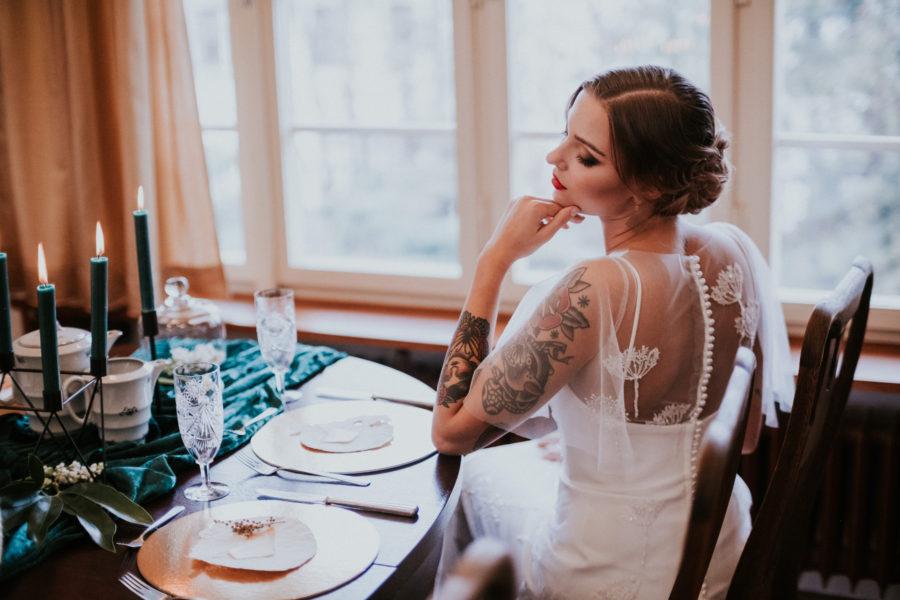 Willow - krajkové šaty
