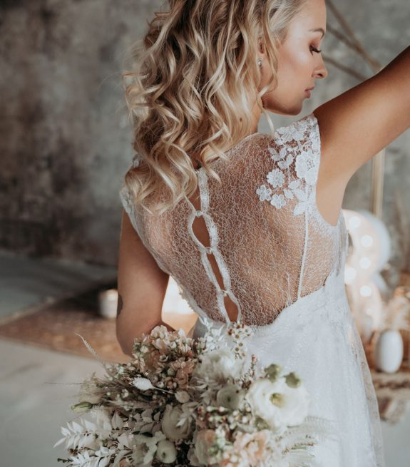 ferovky-svatebni-salon-svatebni-saty-kolekce-wedding-factory-16